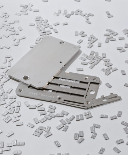 cryptosteel-unlocked-with-letters